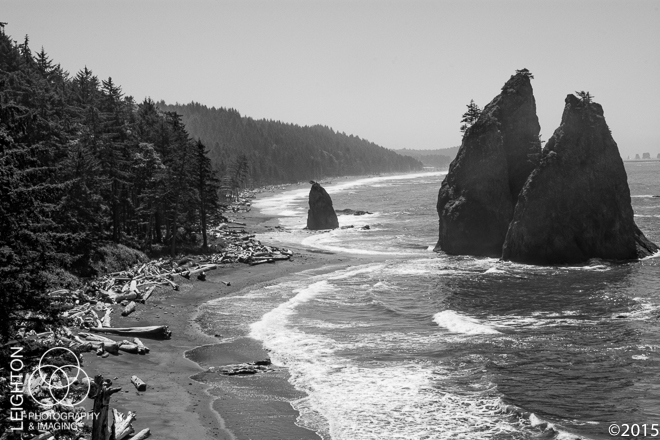 Sea Stacks and Coastline at Rialto Beach